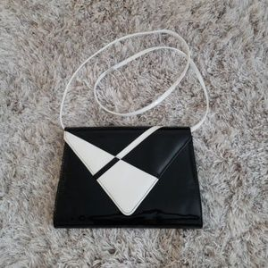Vintage black and white patent leather purse